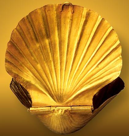 Receptacle in the Form of a Shell