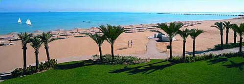 Another view of the beach at the Swiss Inn of Stella di Mare at Ain Soukhna