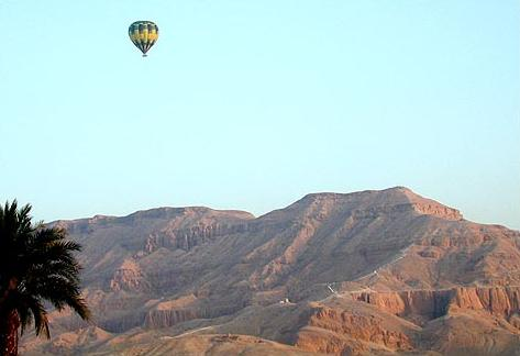 Balloon Over Thebes
