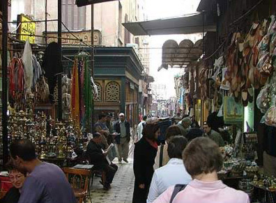 buying egyptian gifts or souvenirs