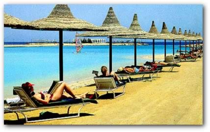 Red Sea Beaches: Hurghada (Scene 3)