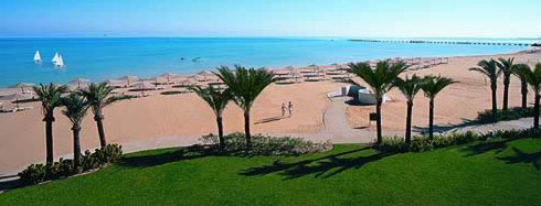Vista of the beach at the Stella di Mare Complex at Ain Soukhna