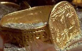 Gold wedding ring from the Byzantine Period