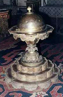 A copper-made incense-burner in the main hall