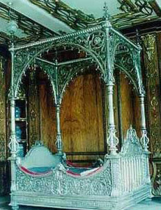A Turkish-style silver-bed