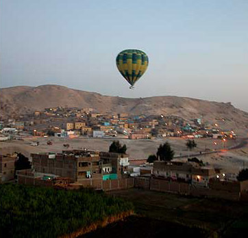 Balloon rides in Luxor can easily be arranged at most any hotel, and there is no need for a guide.