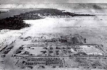 An old aerial photograph of the central part of  Amarna during the excavations of 1932