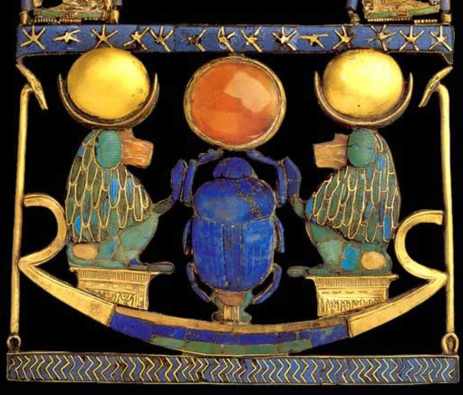 Necklace with Pectoral in the Form of a Solar Boat