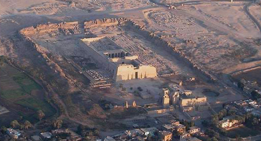 Medinet Habu by Balloon