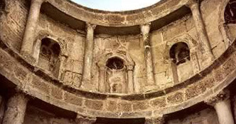 detail of the Triconch Apse at the White Monastery