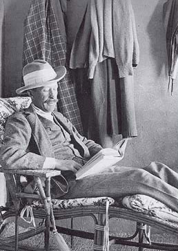 Lord Carnarvon relaxes