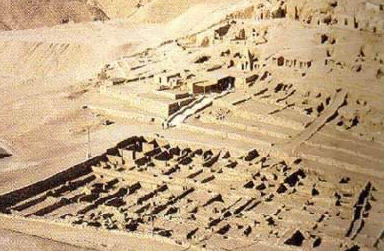 The rather extensive   remains of Deir el-Medina