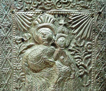 Silver engraved with the image of Virgin and baby Jesus