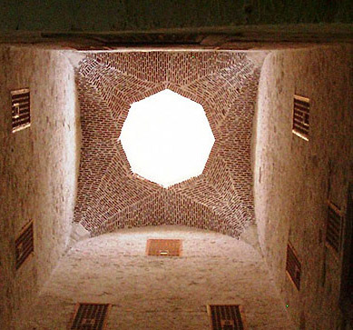 The high dome of the courtyard, some 17 meters above the floor