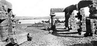 An archaic ipicture of the temple, apparently the courtyard