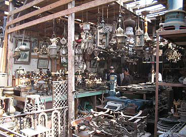 There are lots of antiques in the Souk al-Goma'a