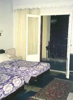 Hussein hotel, Cairo bedroom
