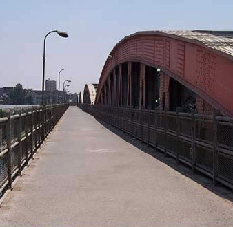 The pedestrian walkway on the Imbaba Bridge