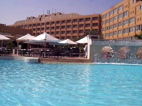 Pool at the Le Meridian Pyramids Hotel