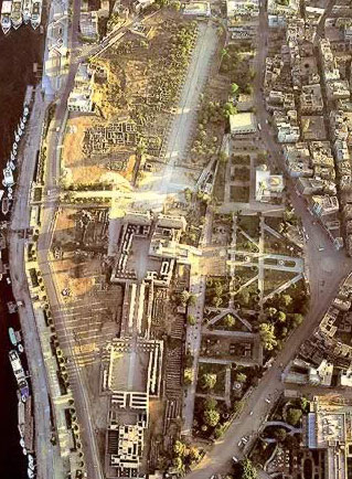 Luxor Temple from Balloon