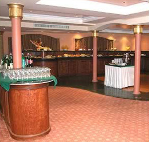 The dinner buffet area