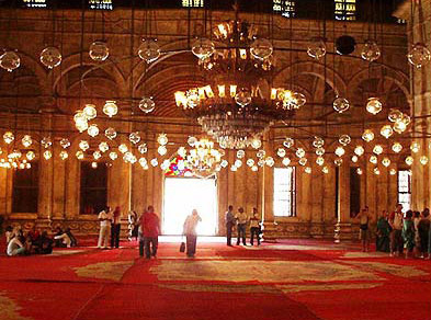 A general view of the prayer hall and its lighting