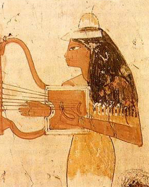 Depiction of a women   playing a thin lyre