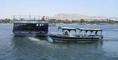 A ferry boat heading to the West Bank at Luxor