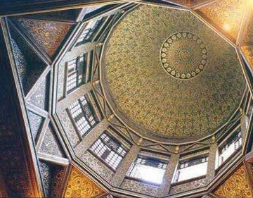 A look up into the dome covering the nilometer