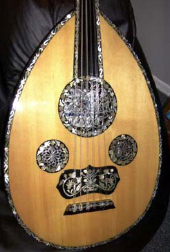 An oud made in the 1950s with fine mother of pearl decorations