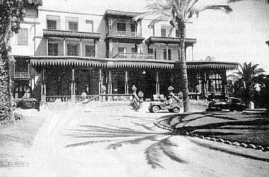 The Mena House Hotel around the turn of the 20th century