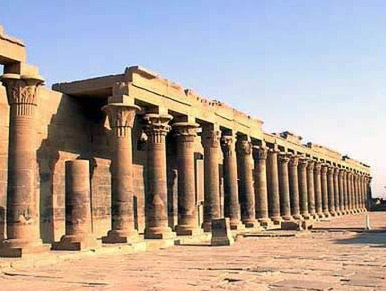 The Western Colonnade preceeding the first Pylon at Philae