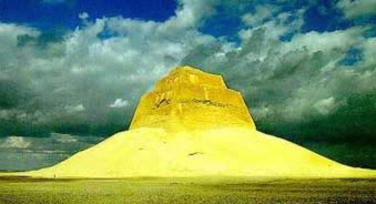 Pyramids of Egypt - Snofru's Pyramid at Medum