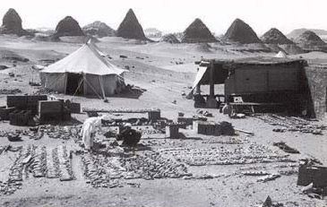George Reisner excavates at the pyramids at Nuri in the Sudan (Nubia)