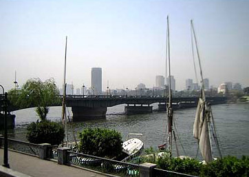 A view of the Qasr El Nile Bridge