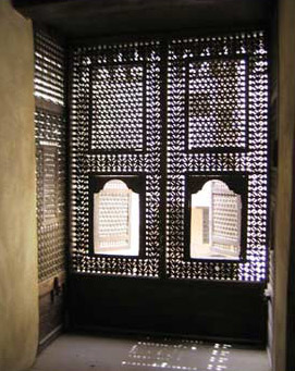 Mashrabeya screens in the haremlek