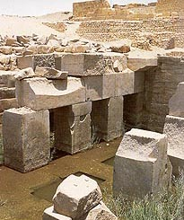 Monolithic blocks of  the Osireion