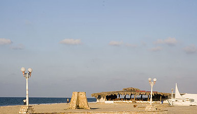 Though the resort itself at Sama el-Arish was much more busy than than the Swiss Inn, the beach was still spars