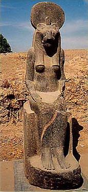 One of the many statues of Sekhmet
