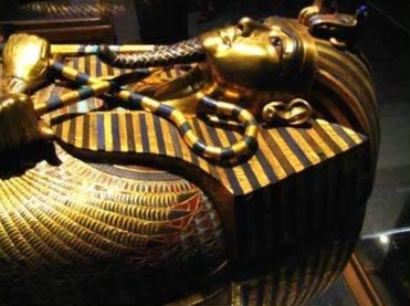 A view of the upper part of the second coffin of King Tutankhamun