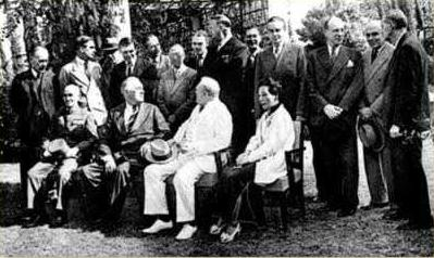 Churchill, Roosevelt and Chiang Kai-Shek meet in Cairo